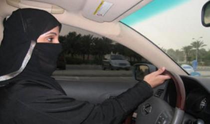 10 удара с камшик за саудитка, дръзнала да шофира