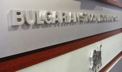 Трети пореден ръст за българските индекси