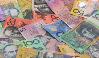 Еврото и австралиецът продължават да падат