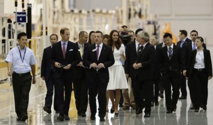 Принц Уилям откри завод на Rolls-Royce в Сингапур
