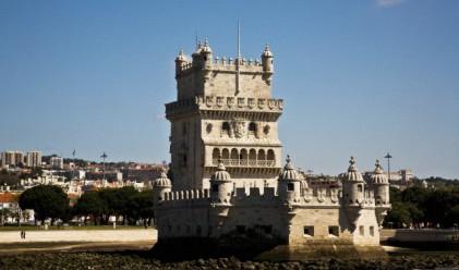 FT: Протести заплашват финансовия напредък на Португалия