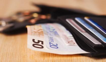 Българинът дължи по 3376 лв. на банките всяка минута