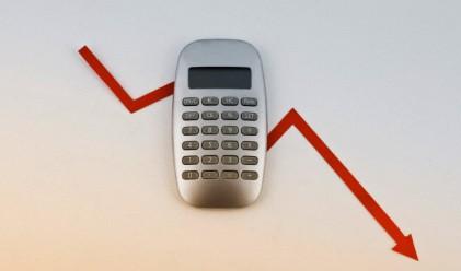 1.8% спад на застраховането до юли