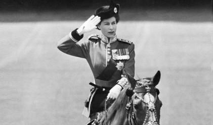 Кралица Елизабет – 63 години на престола