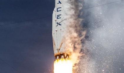 Ракета на Space X експлоадира преди планирано изстрелване
