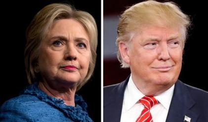 Клинтън и Тръмп с пресконференции на борда на самолетите си