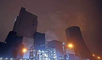 Защо 6000 души работят в ядрена централа, която не продава ток?