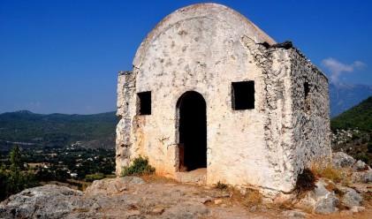 Призрачният град Ливиси: руини, които помнят война и бедствия