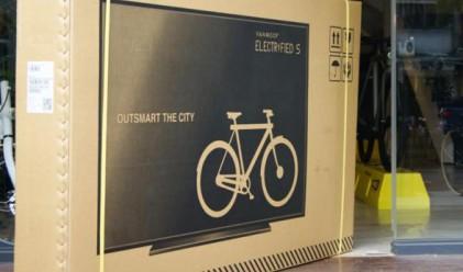 Защо компания за велосипеди постави телевизор на кутиите си?