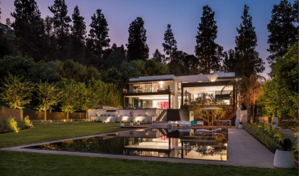 Вижте един дом в Бевърли Хилс за 43.9 млн. долара