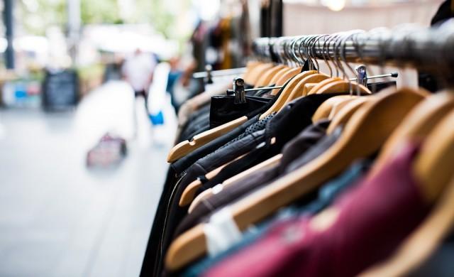 10 трика, чрез които да разпознаете некачествените дрехи