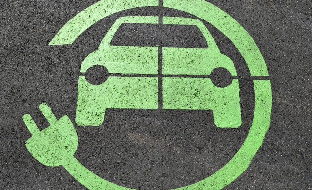 Софиянци ще могат да наемат електрически коли само чрез телефона