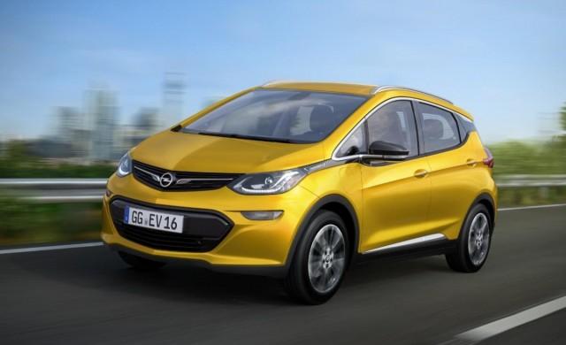 Електромобилът Opel Ampera-е показа рекорден пробег