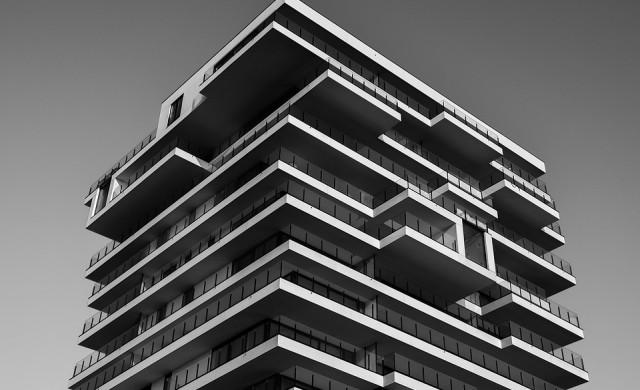 Къде в София жилищата са най-евтини и най-скъпи
