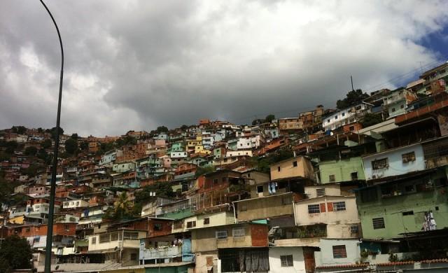 Венецуела някога беше 12 пъти по-богата от Китай. Какво се случи?