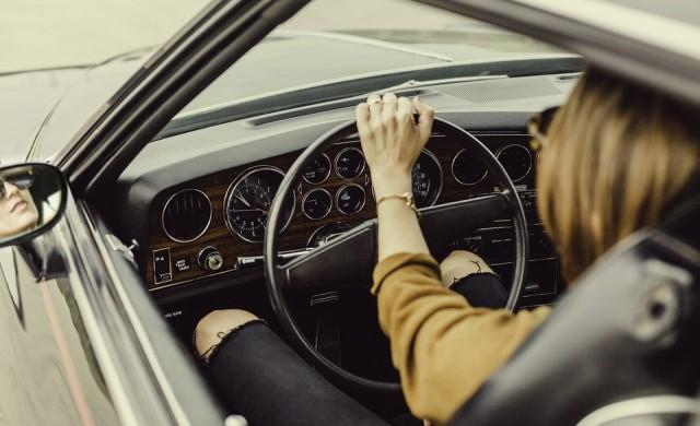 Ford с перфектен отговор на падналата забрана за шофиране за жени