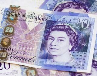 Паундът поскъпна до 1.35 долара след новината за Борис Джонсън