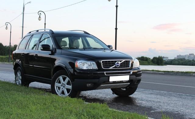 Търговската война отказва Volvo от планираното IPO