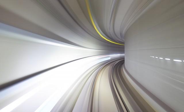 Колко автономни коли тества Apple?