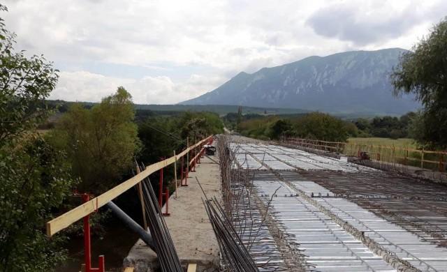 На 40% е изпълнен ремонтът на моста край с. Краводер