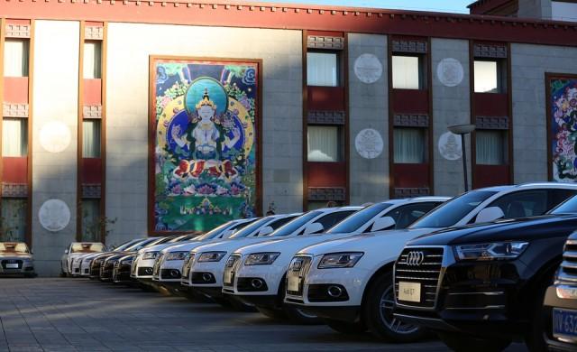 Audi, BMW и Mercedes тестват автономни коли в Китай