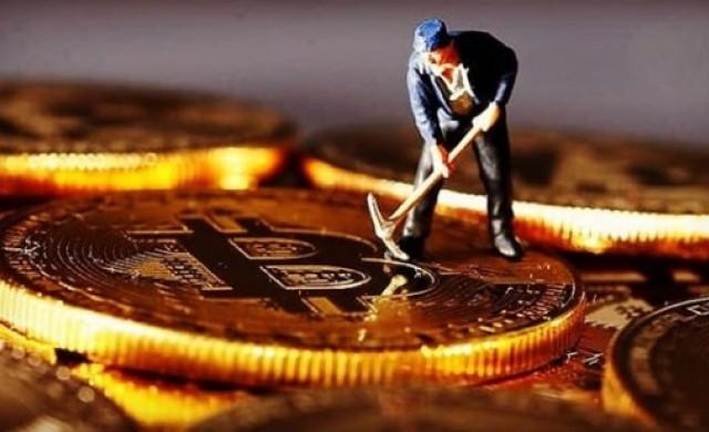 Най-голямата компания за копаене на биткойни  в света готви IPO