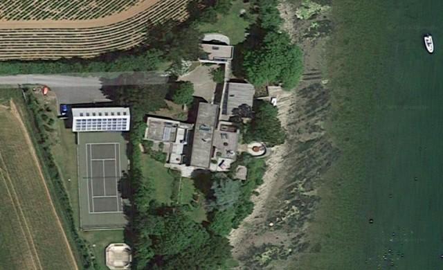 Бутат постройки на британски милионер в защитена местност