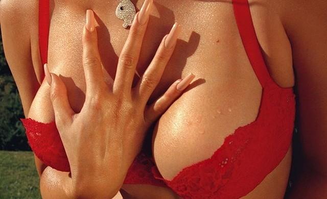 Новата гореща корица на Playboy