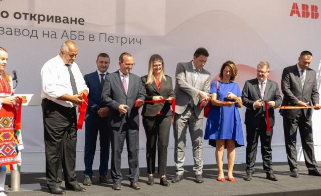 Компанията, която четвърт век инвестира в България