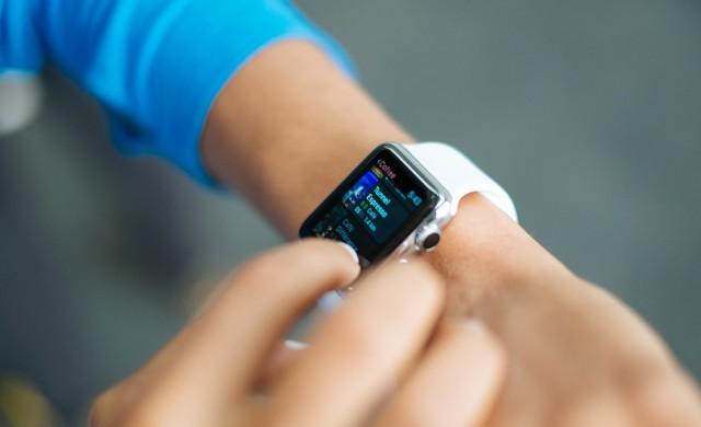 Сингапур плаща на гражданите, за да ползват фитнес приложение с Apple Watch