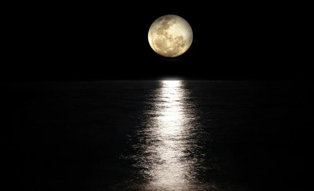 НАСА праща първата жена на Луната през 2024 г.