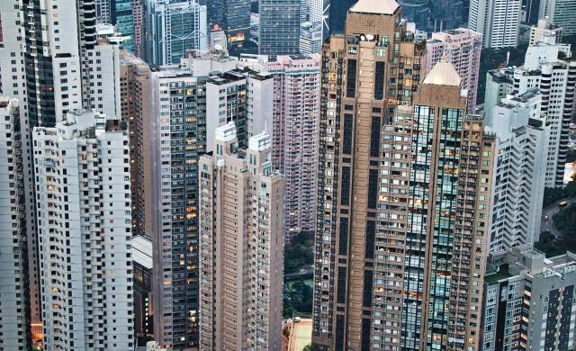 В кои градове средните цени на имотите са над 1 млн. долара?