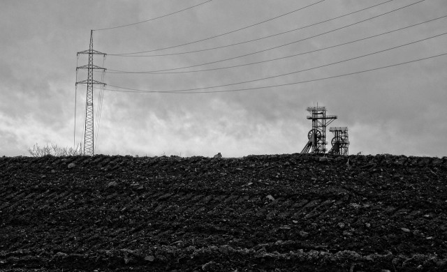 Без ток в столицата на Венецуела от повече от 60 часа