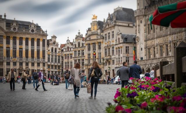 Заради COVID-19: Брюксел затваря публичните домове