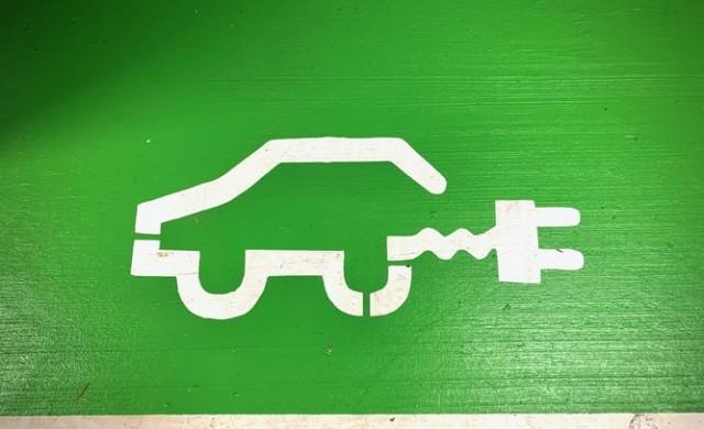 Китайски производител на електромобили отчете 300% скок на продажбите