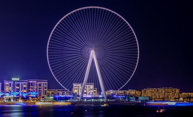 Окото на Дубай - лукс на 250 метра над земята (видео и снимки)