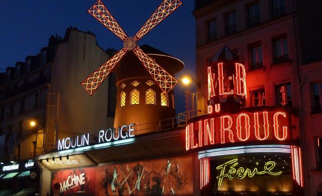 Парижкото кабаре Moulin Rouge отваря врати след 18-месечна пауза