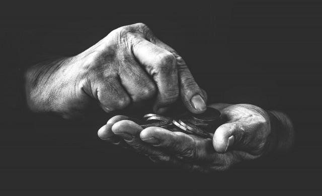 Фондацията на Гейтс: 31 млн. души изпаднали в крайна бедност заради COVID