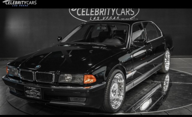 Продават за 1.75 млн. долара колата, в която беше убит Тупак Шакур