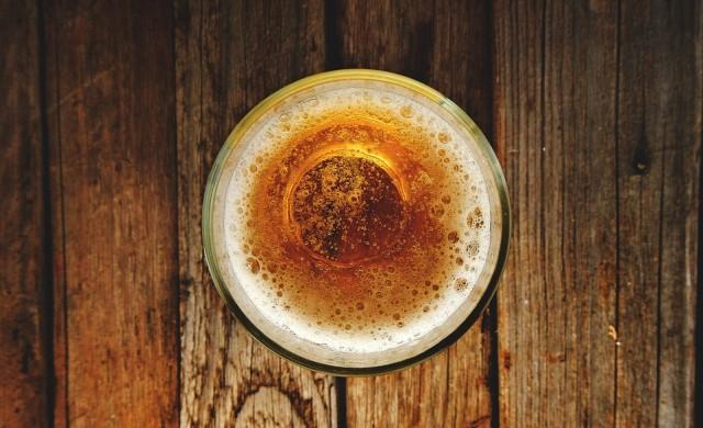Компания за бира пусна ръчно изработени кецове за 228 долара (снимки)