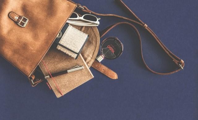 8 неща, които трябва да носите в чантата си в случай на извънредна ситуация