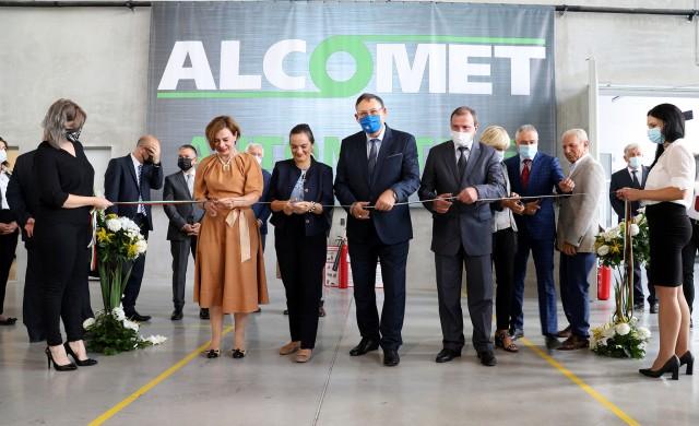 Алкомет въведе в експлоатация нов цех за обработка на алуминиеви профили