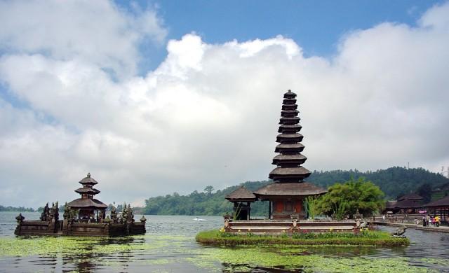 Бали не иска бедни туристи