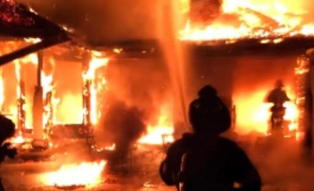 Милиардерски имот пострада от пожар