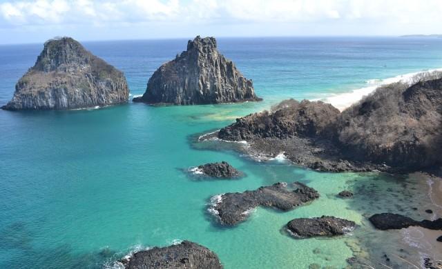 Затварят за неваксинирани бразилския рай Фернандо де Нороня