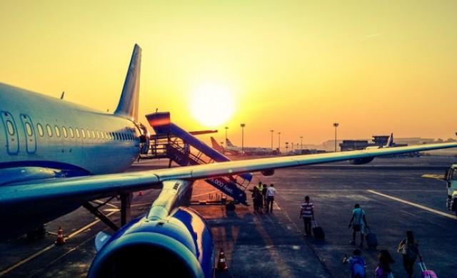 Защо входът на самолета винаги е отляво?
