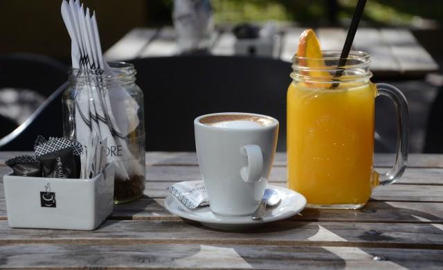 Суша и студ връхлетяха държавата, която осигурява закуските на света
