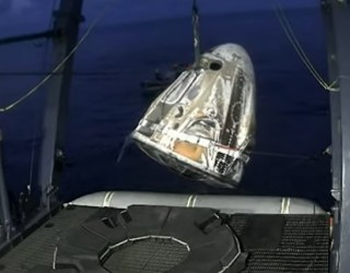 Космически туристи се върнаха на Земята след 3 дена в орбита