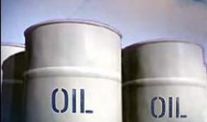 Петролът отново над 100 долара за барел