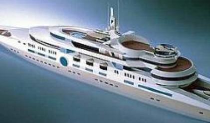 Абрамович харчи 200 млн. паунда за най-голямата яхта в света